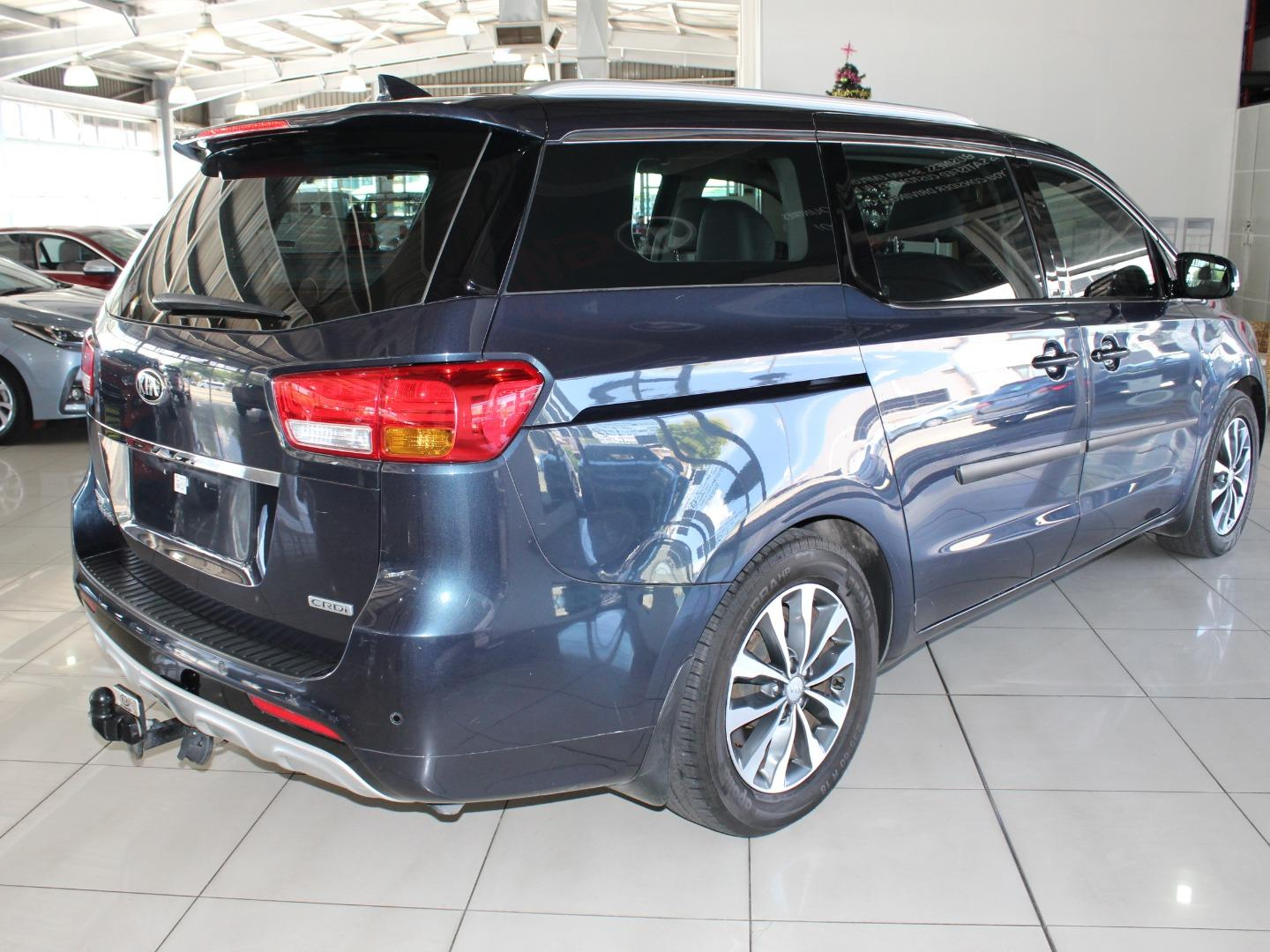 2015 Kia Grand Sedona 2.2CRDi SX- Picture 2