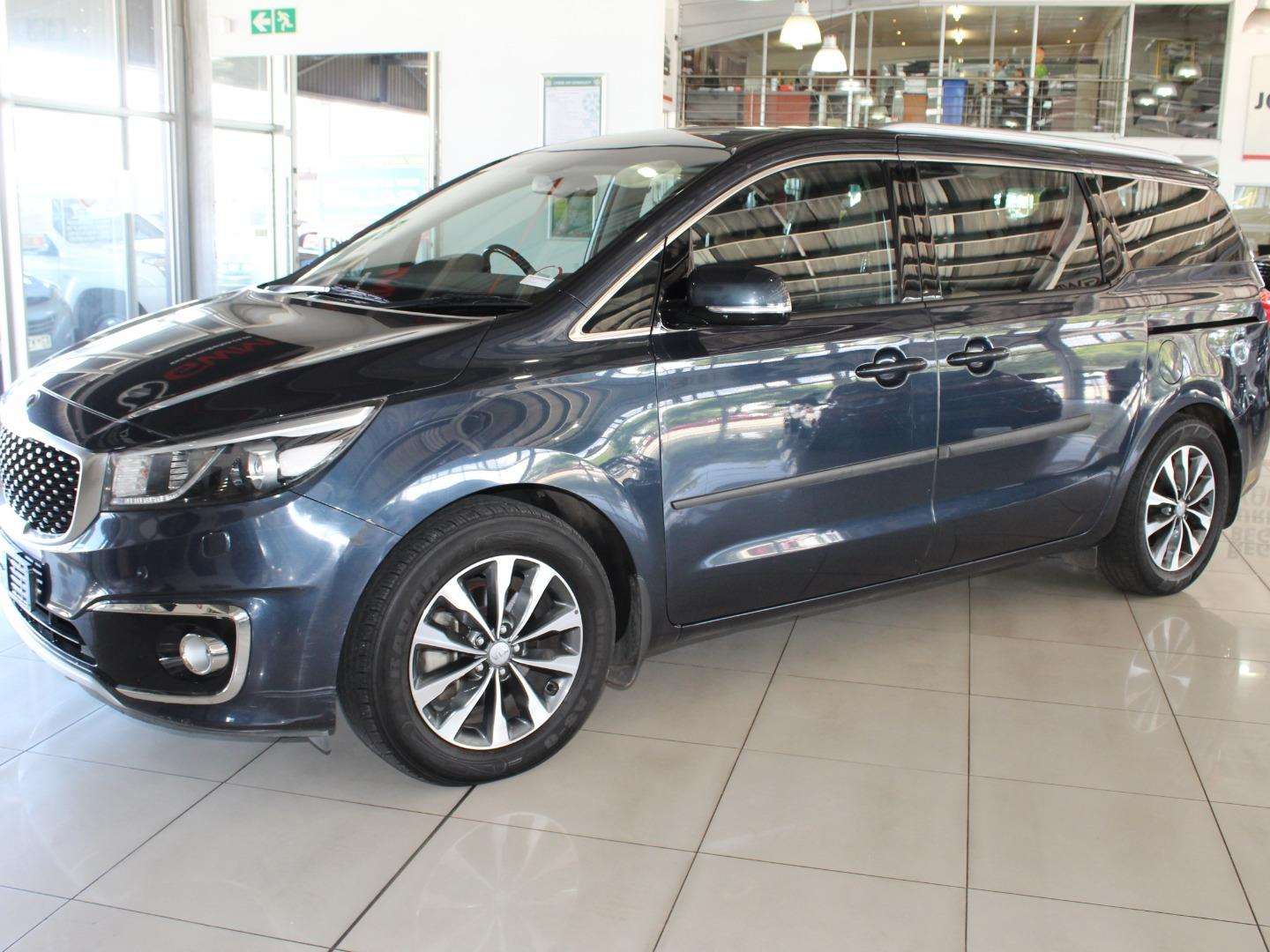 2015 Kia Grand Sedona 2.2CRDi SX- Picture 4