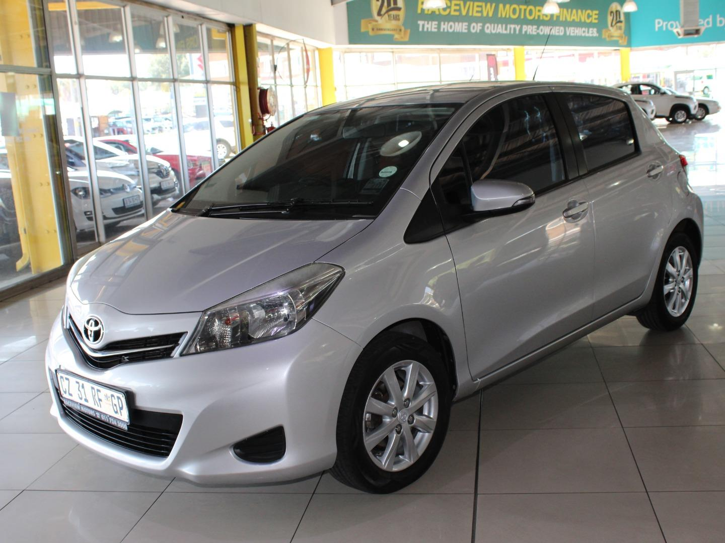 2014 Toyota Yaris 5-Door 1.0 XS- Picture 2