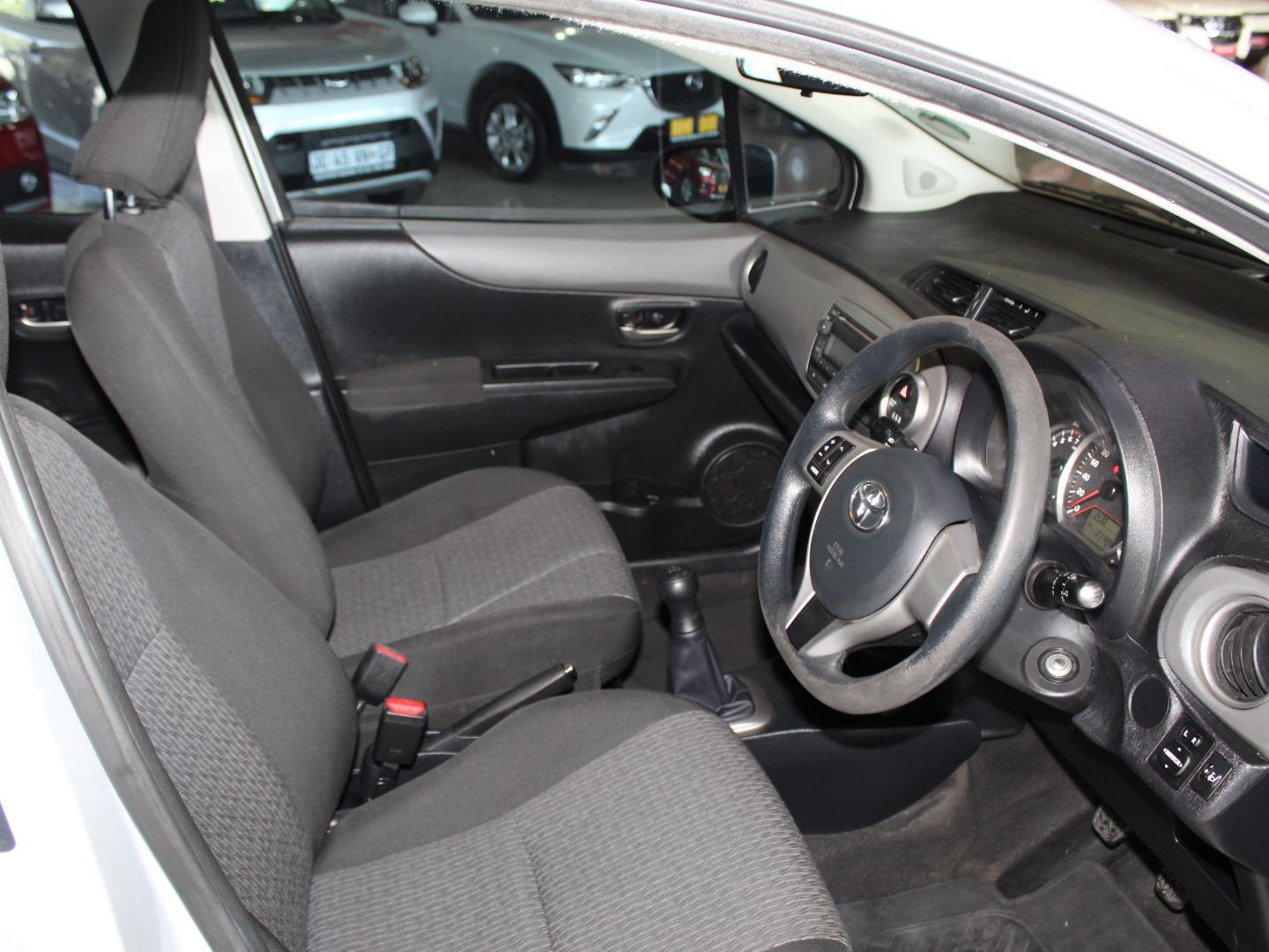 2014 Toyota Yaris 5-Door 1.0 XS- Picture 6