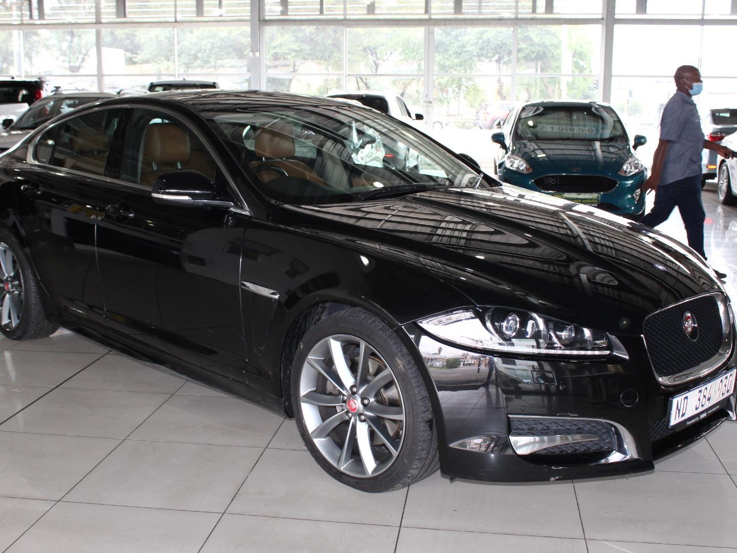 2015 Jaguar XF 2.2D Premium Luxury