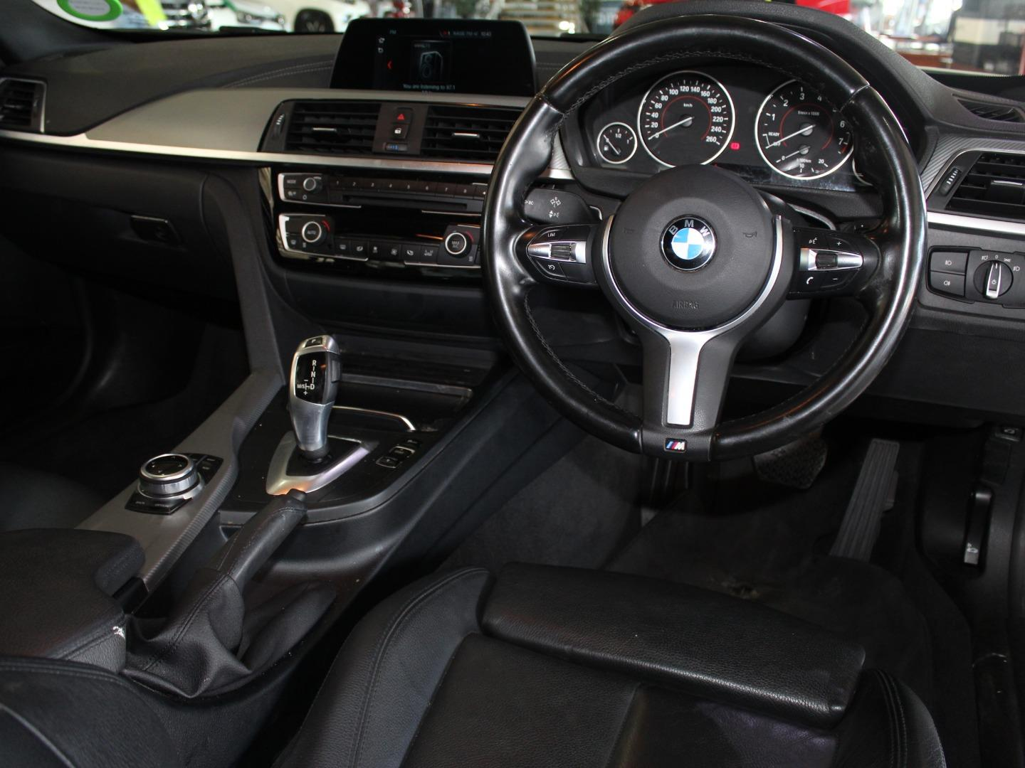 2018 BMW 3 Series 320i M Sport Auto- Picture 8