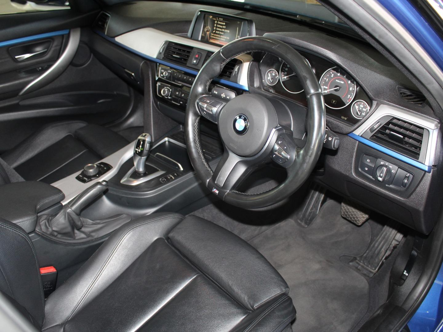 2016 BMW 3 Series 318i M Sport Auto- Picture 3