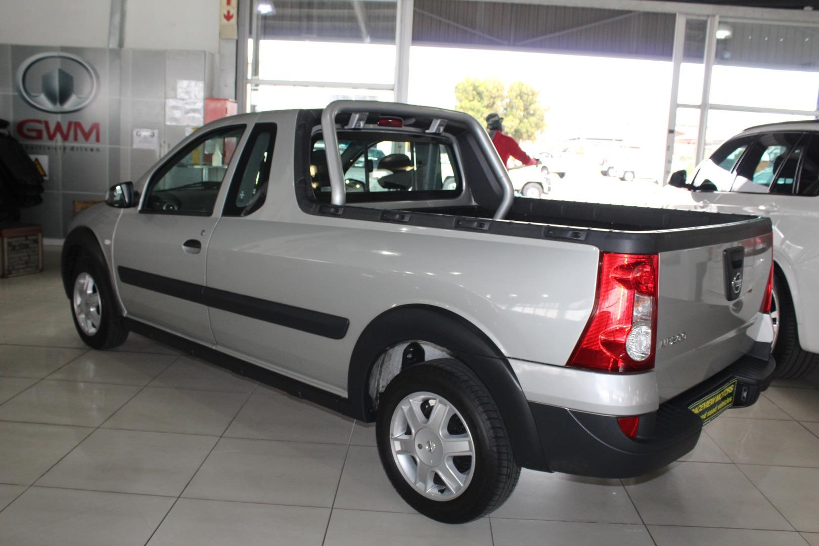 2020 Nissan NP200 1.6i (Aircon)- Picture 3