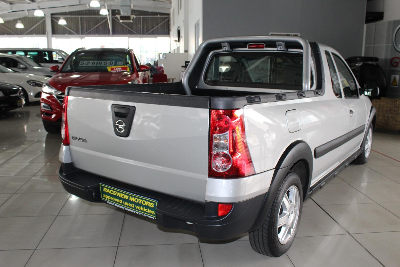 2020 Nissan NP200 1.6i (Aircon)- Picture 4