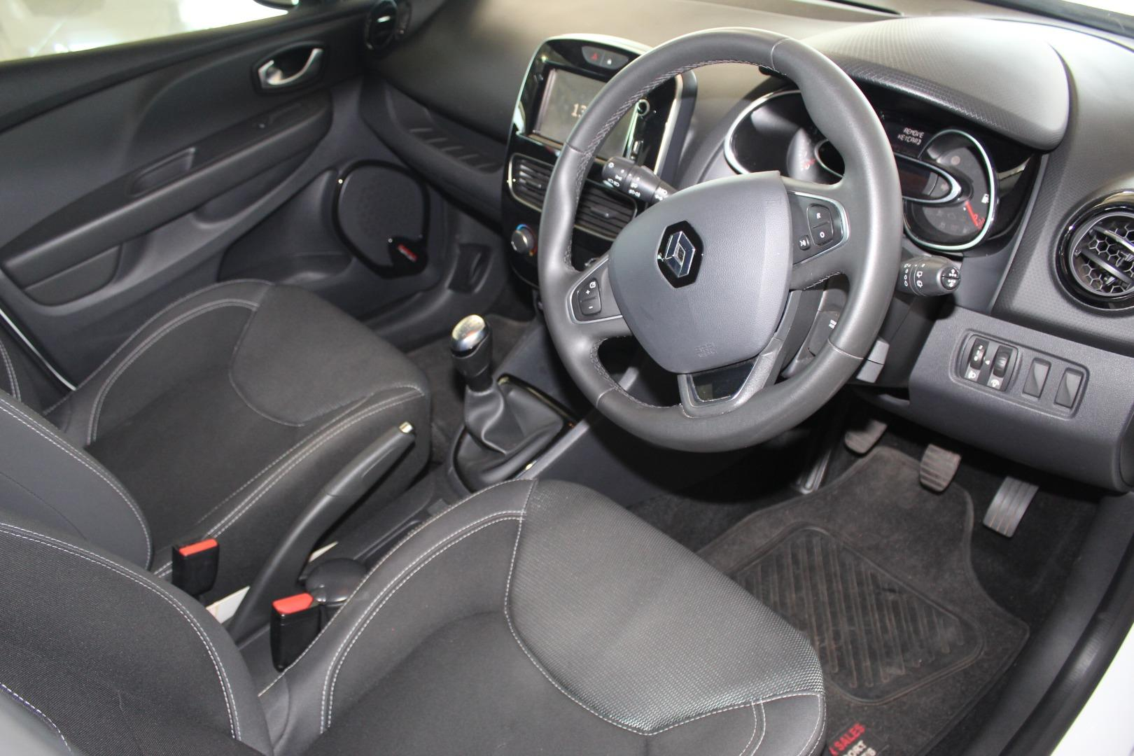 2018 Renault Clio 66kW Turbo Expression- Picture 5