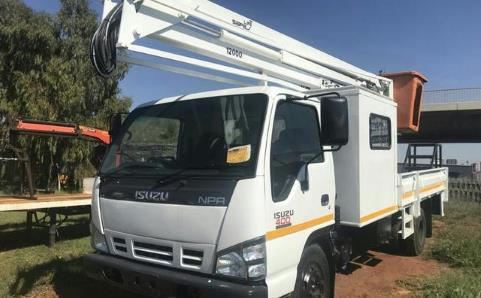 Isuzu npr trucks for sale in South Africa - AutoTrader