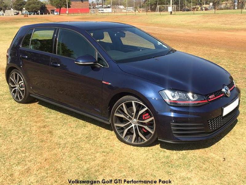 Volkswagen Golf GTI Performance Pack – does a Performance