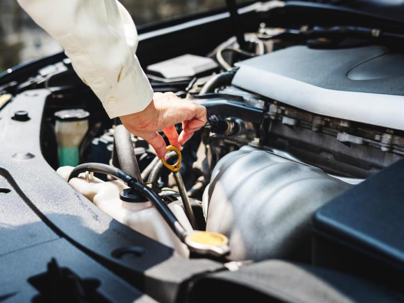 8 tips to keep your engine in perfect working condition - Car Ownership -  AutoTrader