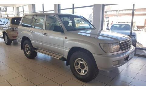 Toyota Land Cruiser 100 cars for sale in South Africa