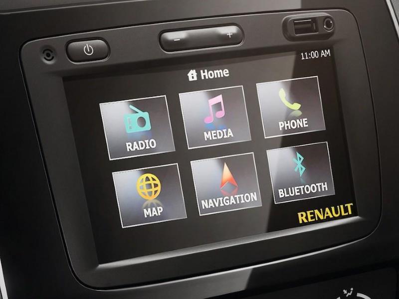 Budget hatch infotainment Comparison – Renault Kwid