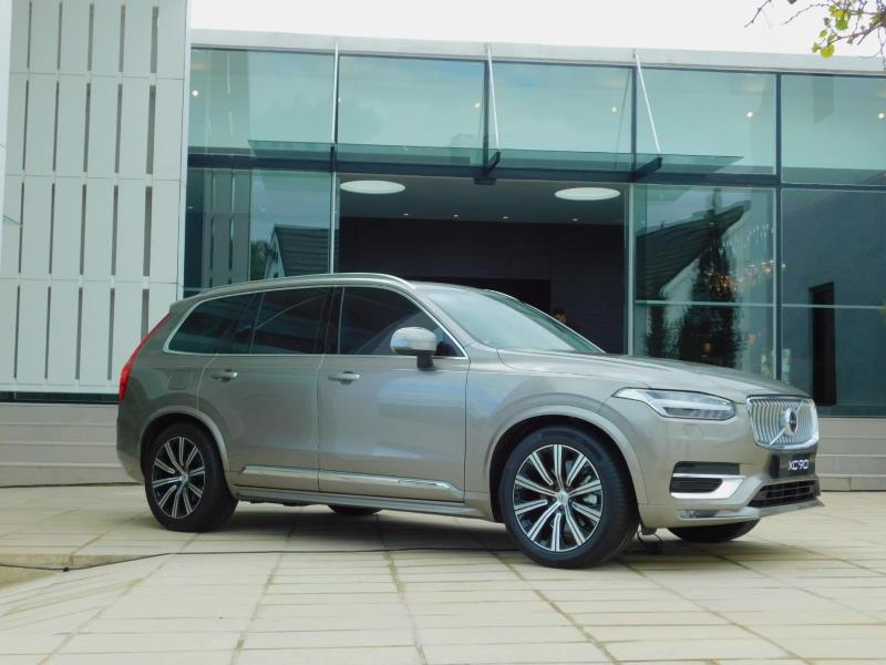 A touch of mascara and new tech tricks for Volvo's face