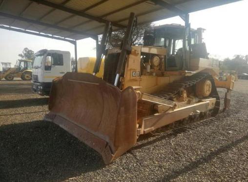Caterpillar D8R for sale in Pretoria - ID: 25162946 - AutoTrader