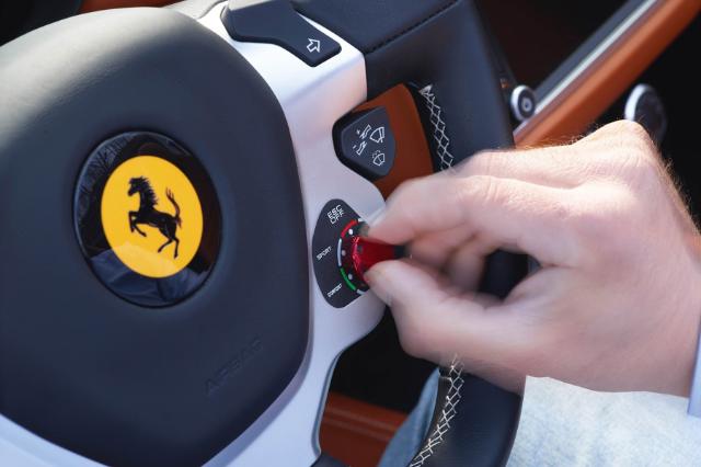 Ferrari direksiyon
