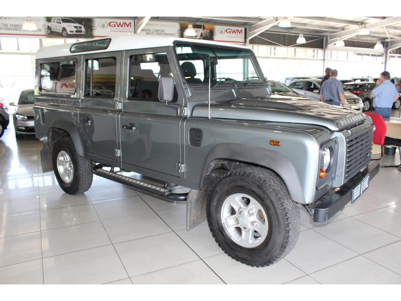 2015 Land Rover Defender 110 TD Station Wagon S