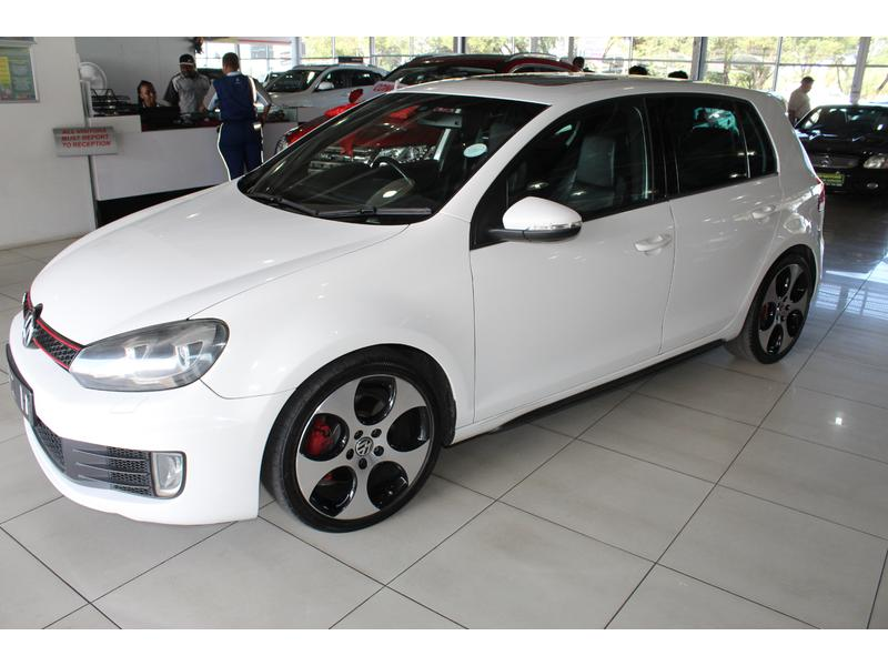 2011 Volkswagen Golf GTi- Picture 4