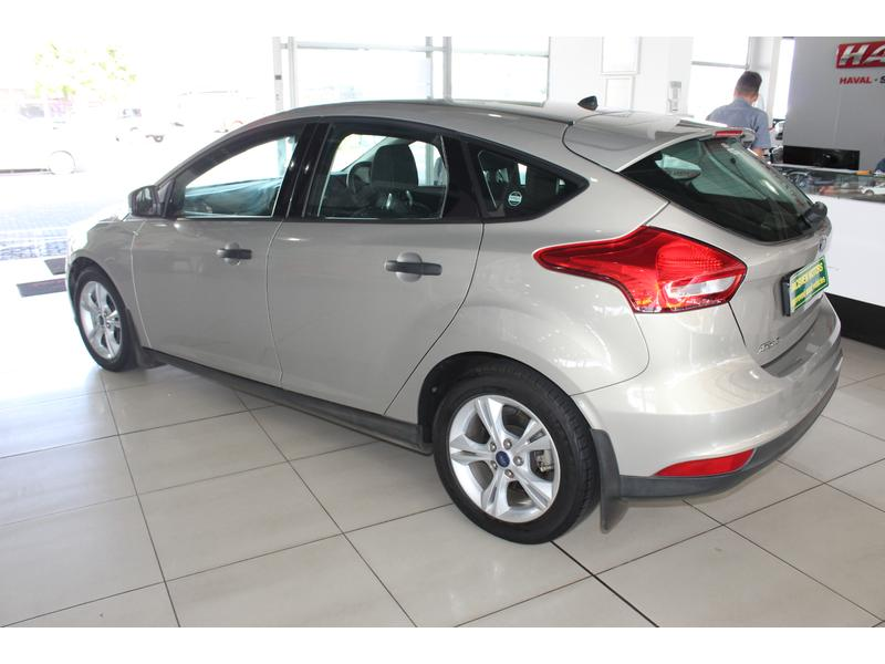 2016 Ford Focus Hatch 1.0T Ambiente- Picture 3