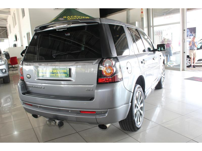 2014 Land Rover Freelander 2 Si4 Dynamic- Picture 2