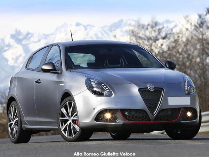 Alfa Romeo Giulietta >> Alfa Romeo Giulietta Update Brings Back Super And Veloce Motoring