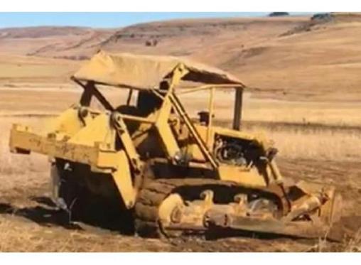Caterpillar D4 BULL DOZER ENGINE for sale in Memel - ID: 24888233