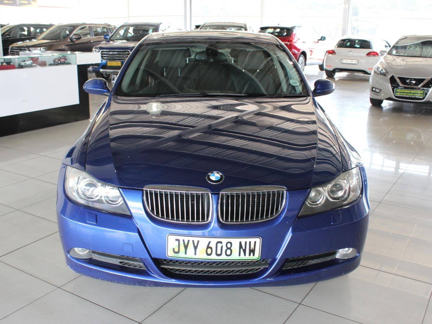 2008 BMW 3 Series 323i- Picture 2