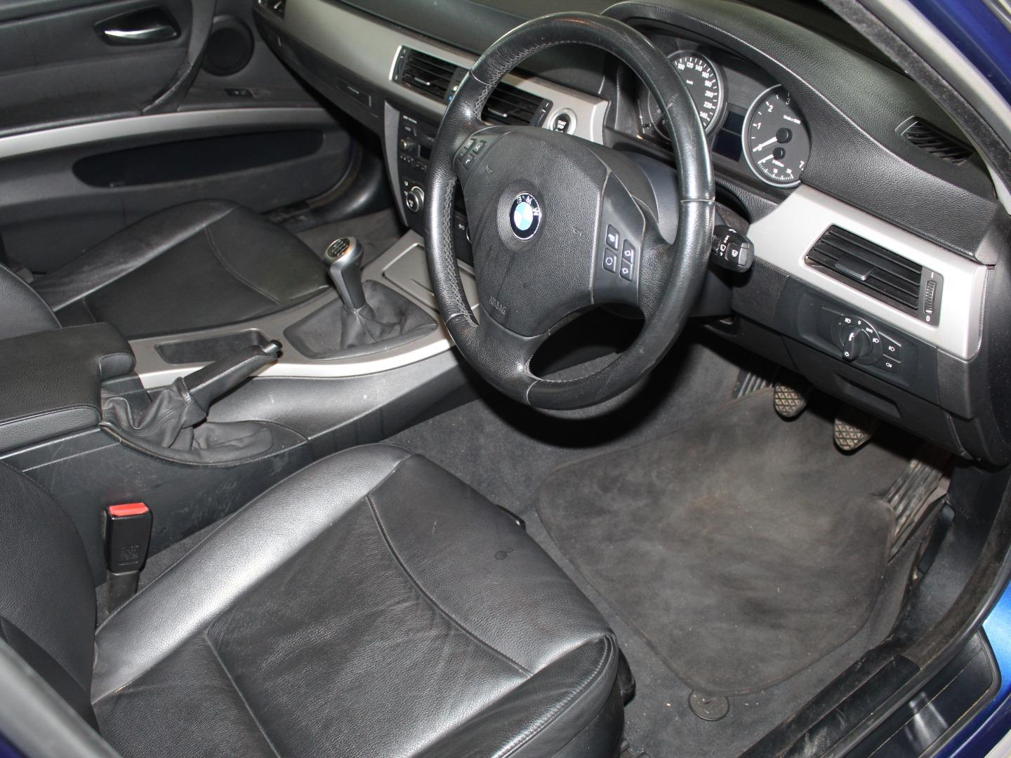 2008 BMW 3 Series 323i- Picture 8
