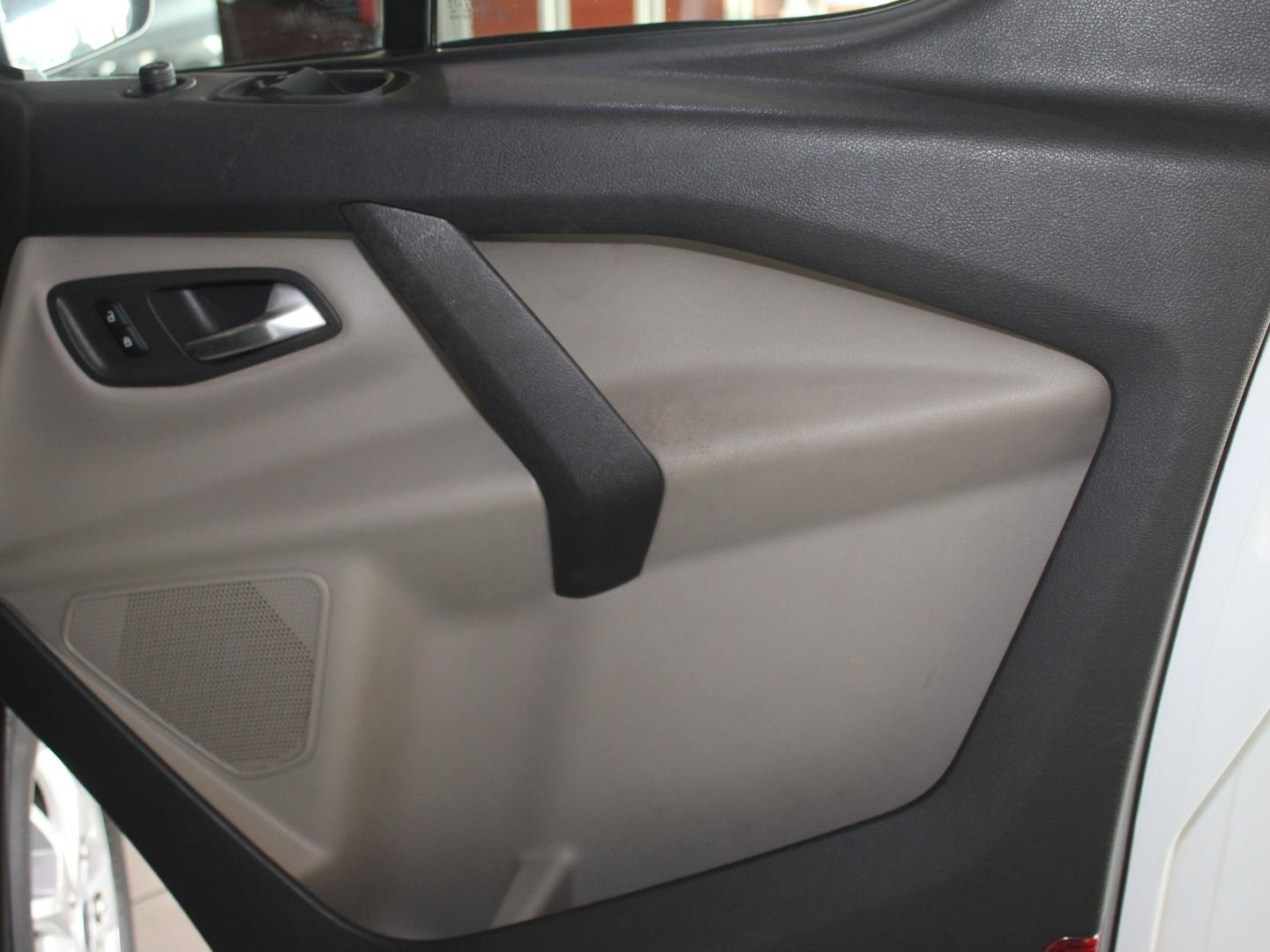 2013 Ford Tourneo Custom 2.2TDCi LWB Trend- Picture 4