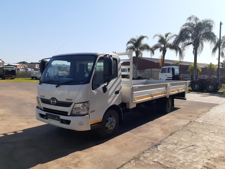 2015 Hino 300 Series