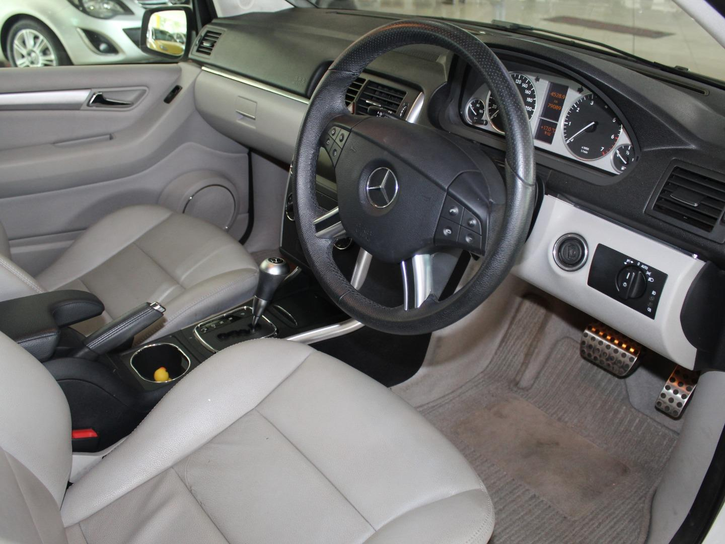 2011 Mercedes-Benz B-Class B200 Turbo Auto- Picture 5
