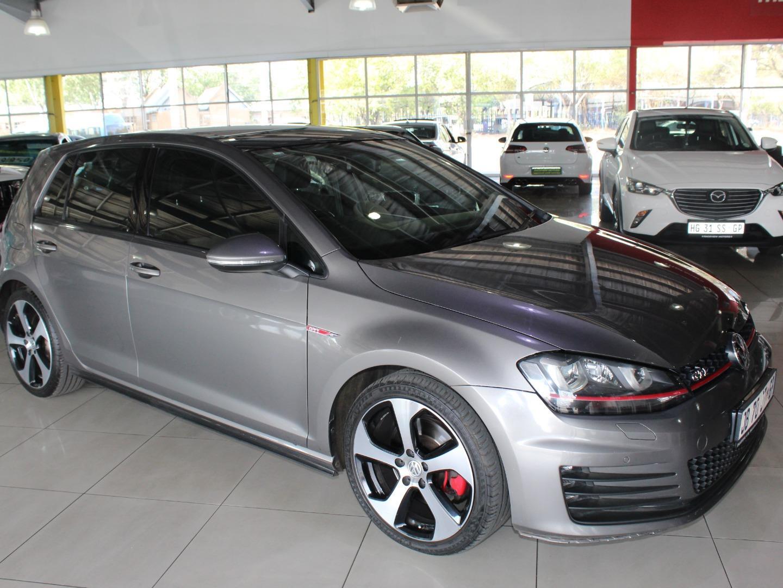 2014 Volkswagen Golf GTi Auto