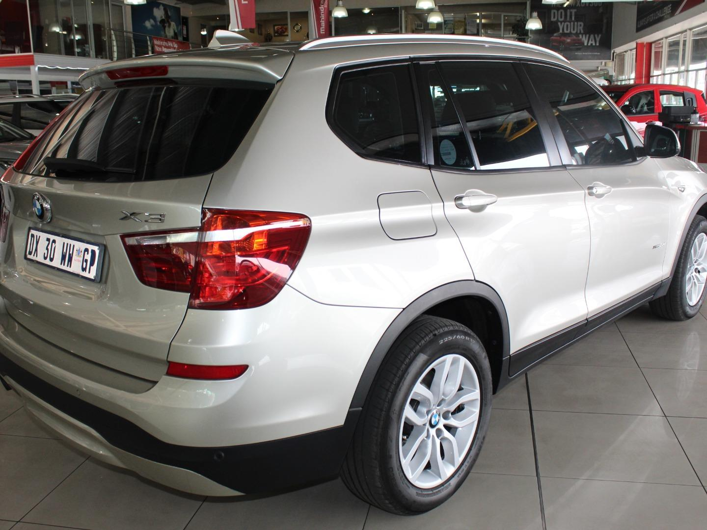 2015 BMW X3 xDrive20d Exclusive- Picture 4