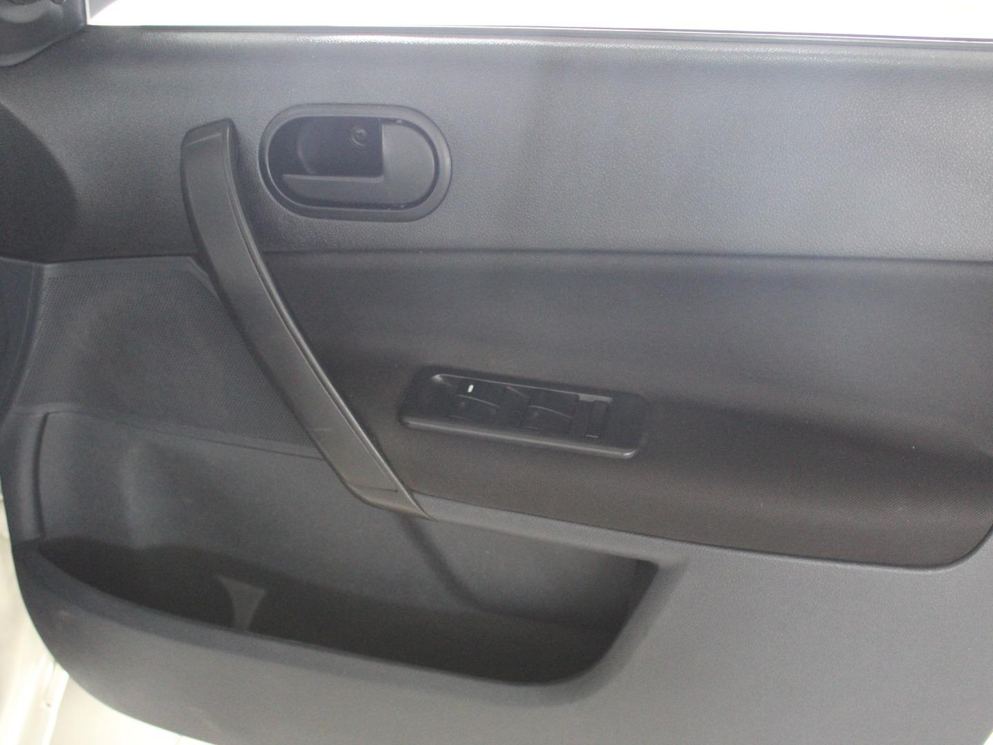 2014 Ford Ikon 1.6 Ambiente- Picture 5