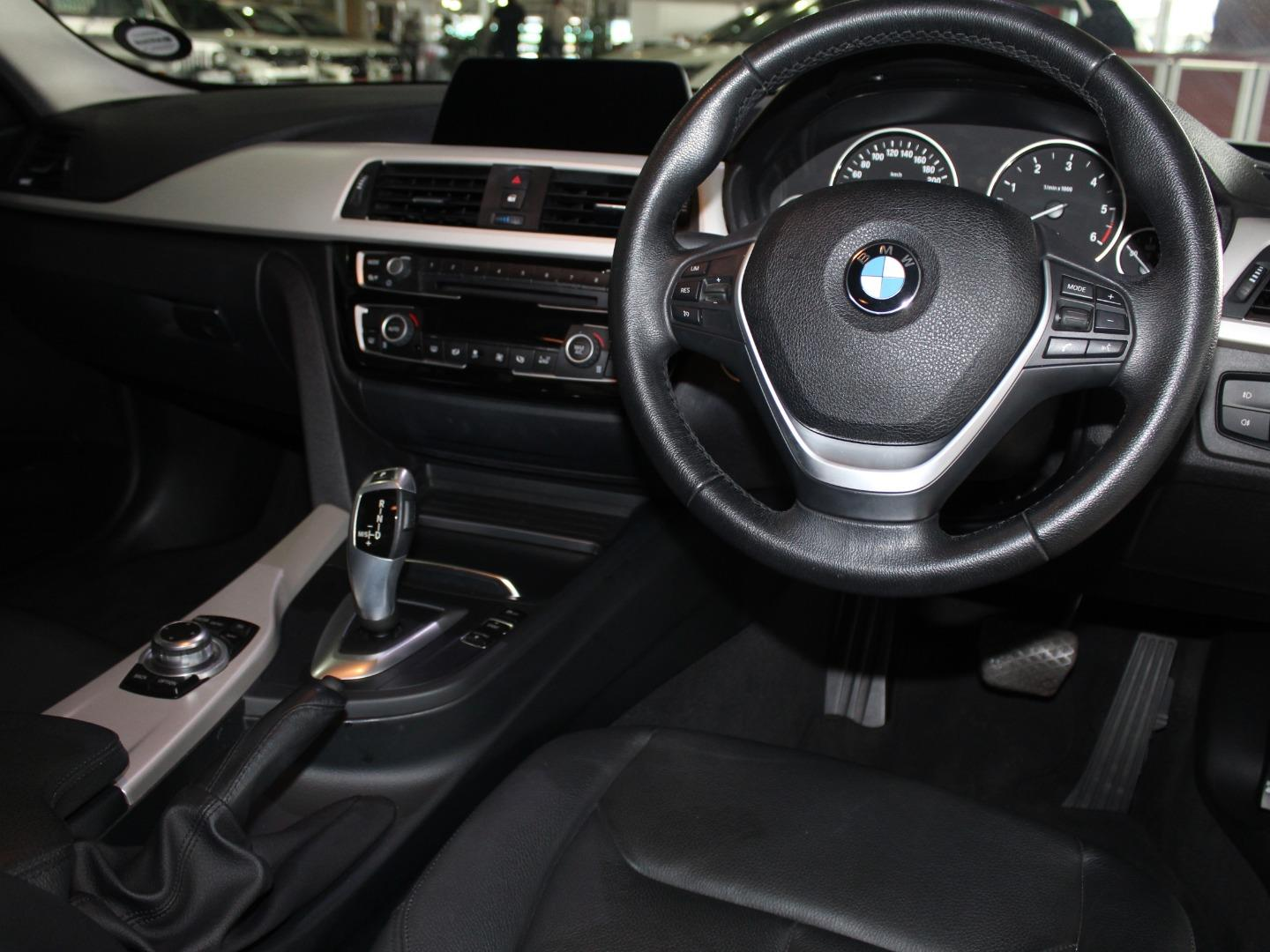 2017 BMW 3 Series 320d Auto- Picture 8