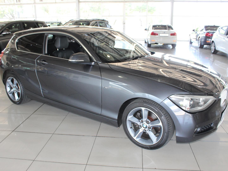 2012 BMW 1 Series 125i 3-Door Urban
